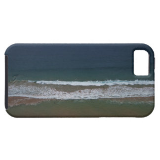 Storm clouds out ot sea above Mona Vale Beach iPhone SE/5/5s Case