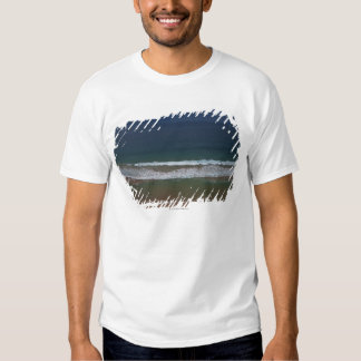Storm clouds out ot sea above Mona Vale Beach Shirt