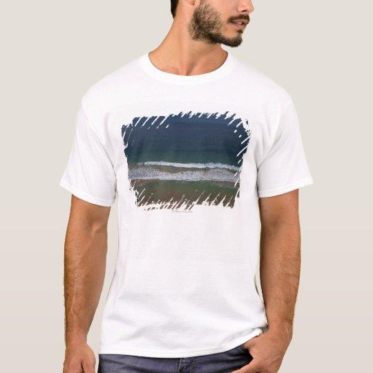 Storm clouds out ot sea above Mona Vale Beach T-Shirt