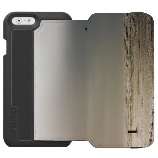 Stormy beach. iPhone 6/6s wallet case