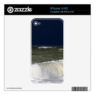 Stormy sea with waves und a dark blue sky. iPhone 4 skins