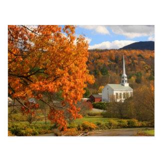 Stowe Vermont en otoño Postal