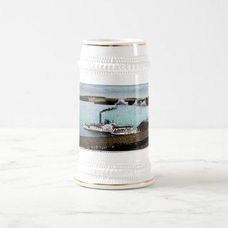 Str. Mt. Washington, Lake Winnipesaukee, N.H. 18 Oz Beer Stein