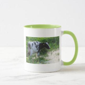 Straggled cow mug