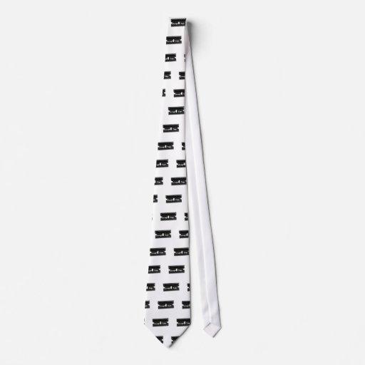 Straight Edge Razor Tie