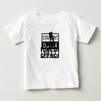 Straight Outta 1977 Funny 40th Birthday Baby T-Shirt