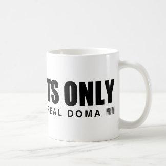 Straights solamente taza de café