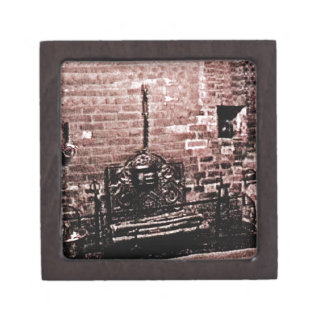 Stratford-upon-Avon Shakespeare's Fireplace jGibne Keepsake Box
