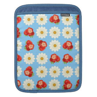 Strawberries and daisies sleeve for iPads