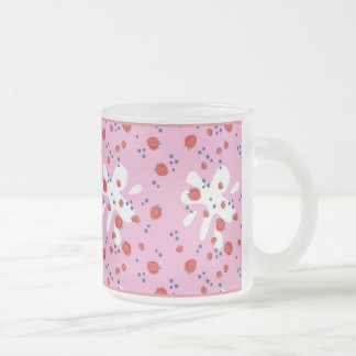 Strawberries 10 Oz Frosted Glass Coffee Mug