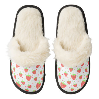 Strawberries pattern pair of fuzzy slippers