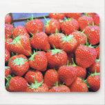 Strawberries with dark Valrhona chocolate Mousepads