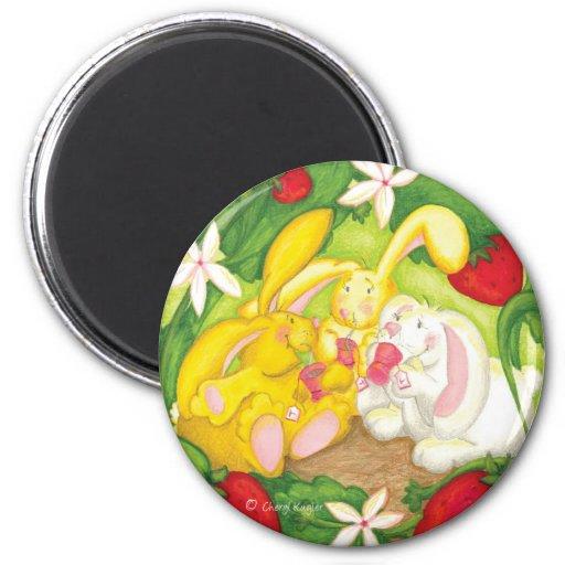Strawberry Bunny Tea / Magnet