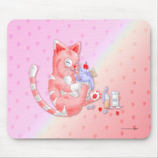 Strawberry Cat Drinking Malt Mouse pad