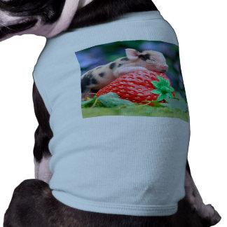 strawberry pig T-Shirt
