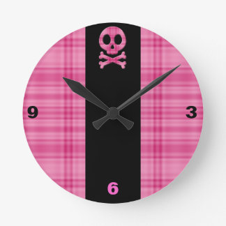 Strawberry Plaid Skull Round Clock