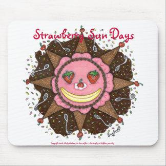 Strawberry Sun Days - Mousepad (white)