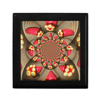 STRAWBERRYTile Gift Box VINTAGE RED AND YELLOW