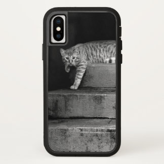 Stray Cat on Stairs iPhone X Case