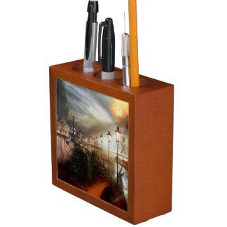Street Lamp Hallucination Pencil/Pen Holder