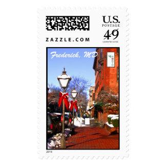 Street Lamp Snowmen Stamp