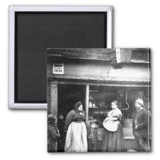 Street scene in Victorian London 2 Inch Square Magnet