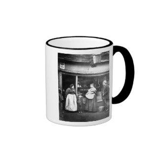 Street scene in Victorian London Ringer Mug