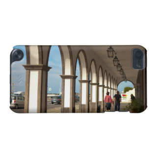 Street with arches iPod touch (5th generation) cover