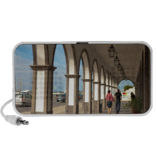 Street with arches mini speaker