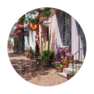 Street With Art Gallery and Tobacconist Alexandria Cutting Boards