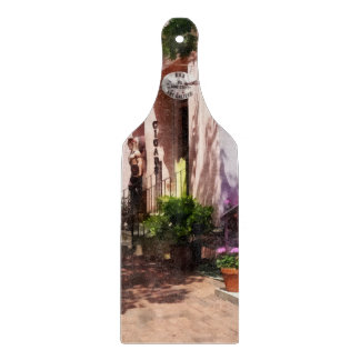 Street With Art Gallery and Tobacconist Alexandria Cutting Board