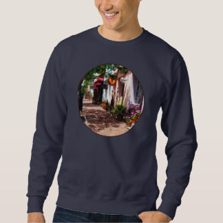 Street With Art Gallery and Tobacconist Alexandria Sweatshirt