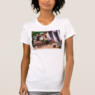 Street With Art Gallery and Tobacconist Alexandria T-Shirt