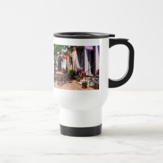 Street With Art Gallery and Tobacconist Alexandria Travel Mug
