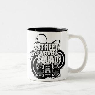 streetsweeperzsmall taza de dos tonos