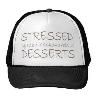 Stressed deletreó al revés es postres gorro de camionero