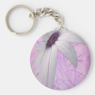 stretched daisy. key chains