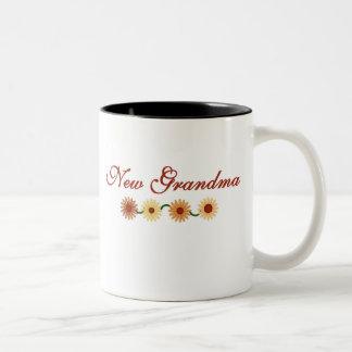 String of Flowers New Grandma Two-Tone Coffee Mug
