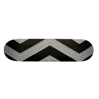 Strip Texture Skateboard