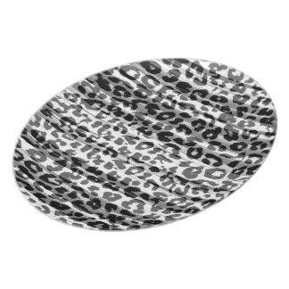 Stripes grey animal print fur of leopard dinner plate