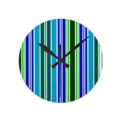 stripes.jpg azul y verde reloj redondo mediano