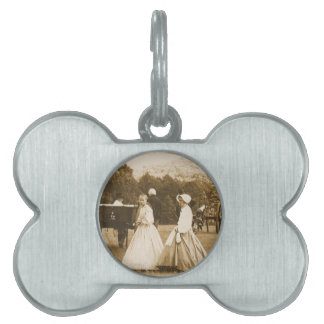 Strolling on the Battlefield Pet Name Tag
