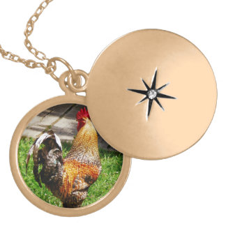Strutting Rooster Round Locket Necklace