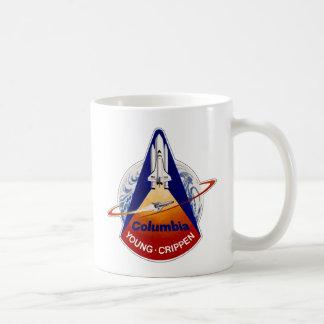STS 1 Columbia: Jóvenes y Crippen Taza Clásica