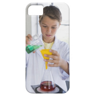 Student doing science experiment 5 iPhone SE/5/5s case