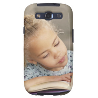 Student reading galaxy s3 case