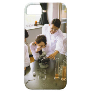 Students in School Chemistry Lab iPhone SE/5/5s Case