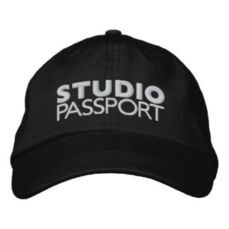 STUDIO PASSPORT LOGO BASEBALL CAP