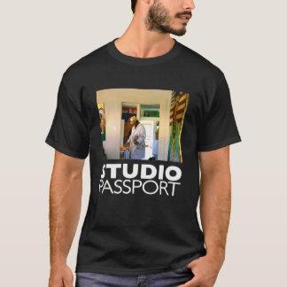 STUDIO PASSPORT T-Shirt