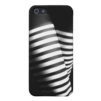 Study in Black & White Covers For iPhone 5